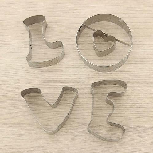 Набор вырубки Love