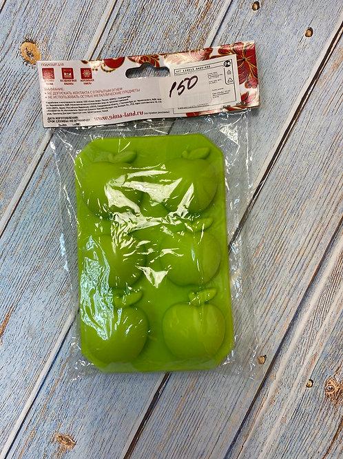 Форма силиконовая для шоколада «Яблоки»