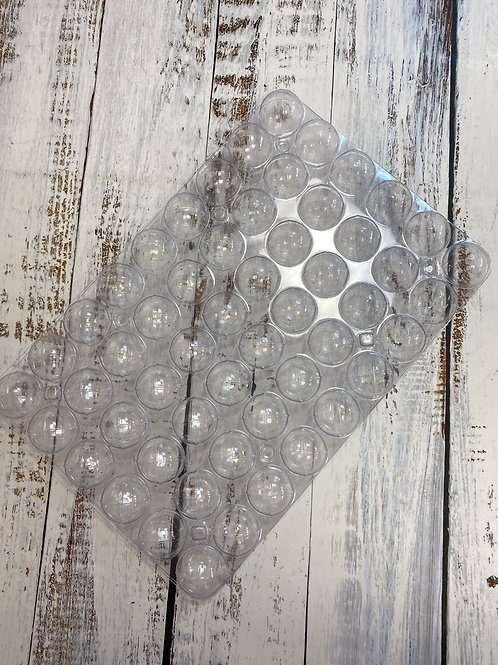 Пластиковая форма «Шарик» форма состоит из 2-х частей, диаметр 3,3см