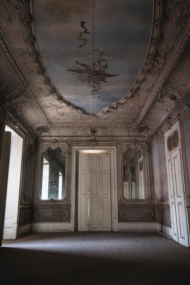 Mirror Palace