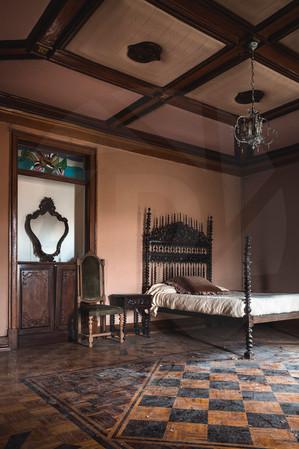 r3hab bedroom