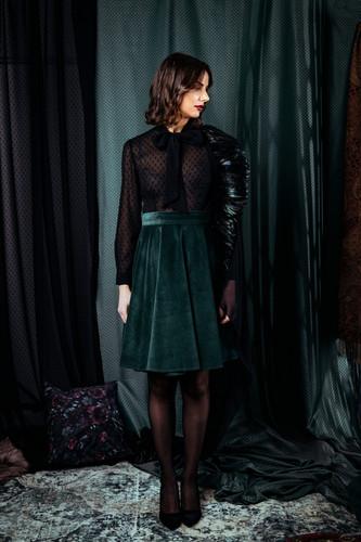 Magdalena Leitner transparente BowBlouse dobby schwarz // green velvet PonRoe