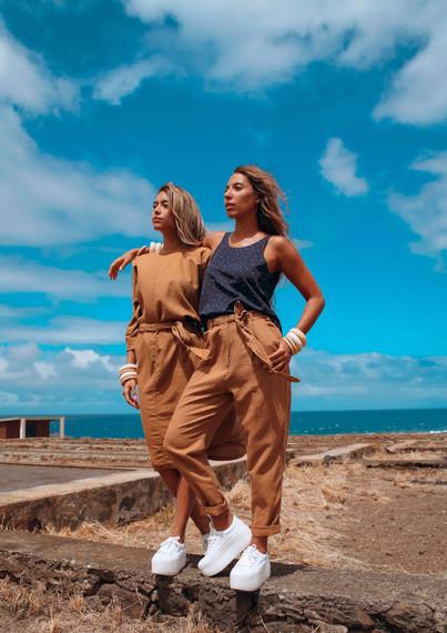 Crédit photo : BlackPha Modèles : Angélique Carter & Jamie-Lee Carter Stylisme : Alexandra Payet