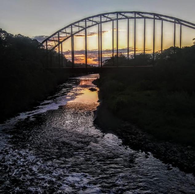 Atardecer En El Puente De Los Suspiros.j