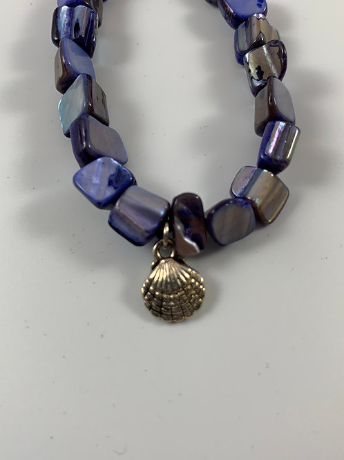 Ultramarine blue mother of pearl shell stretchy bracelet