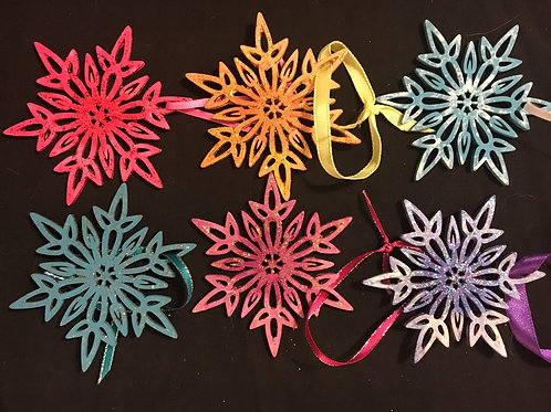 Set of 6 star ornaments/tags