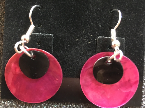 Double capiz shell earrings (magenta and black)