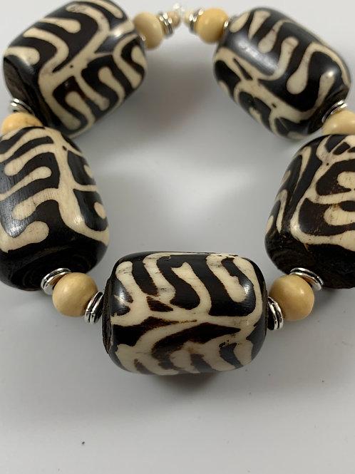 Chunky Kenyan Batik swirl design and Mala bead stretch bracelet