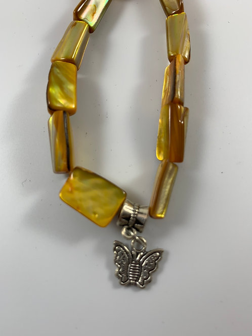 Handmade Yellow/gold chunky mother of pearl stretchy bracelet