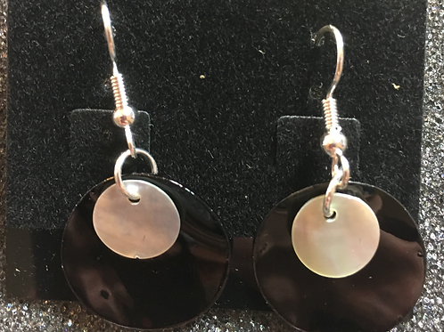 Double capiz shell earrings (black and cream)