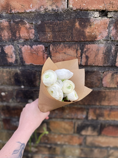 Bunch of White Ranunculus x 5 Stems