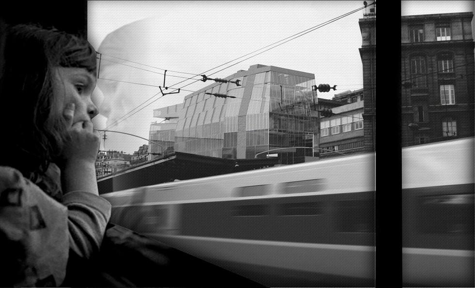 1_train_window.jpg