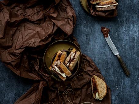RAWTELLA BANANA SANDWICHES
