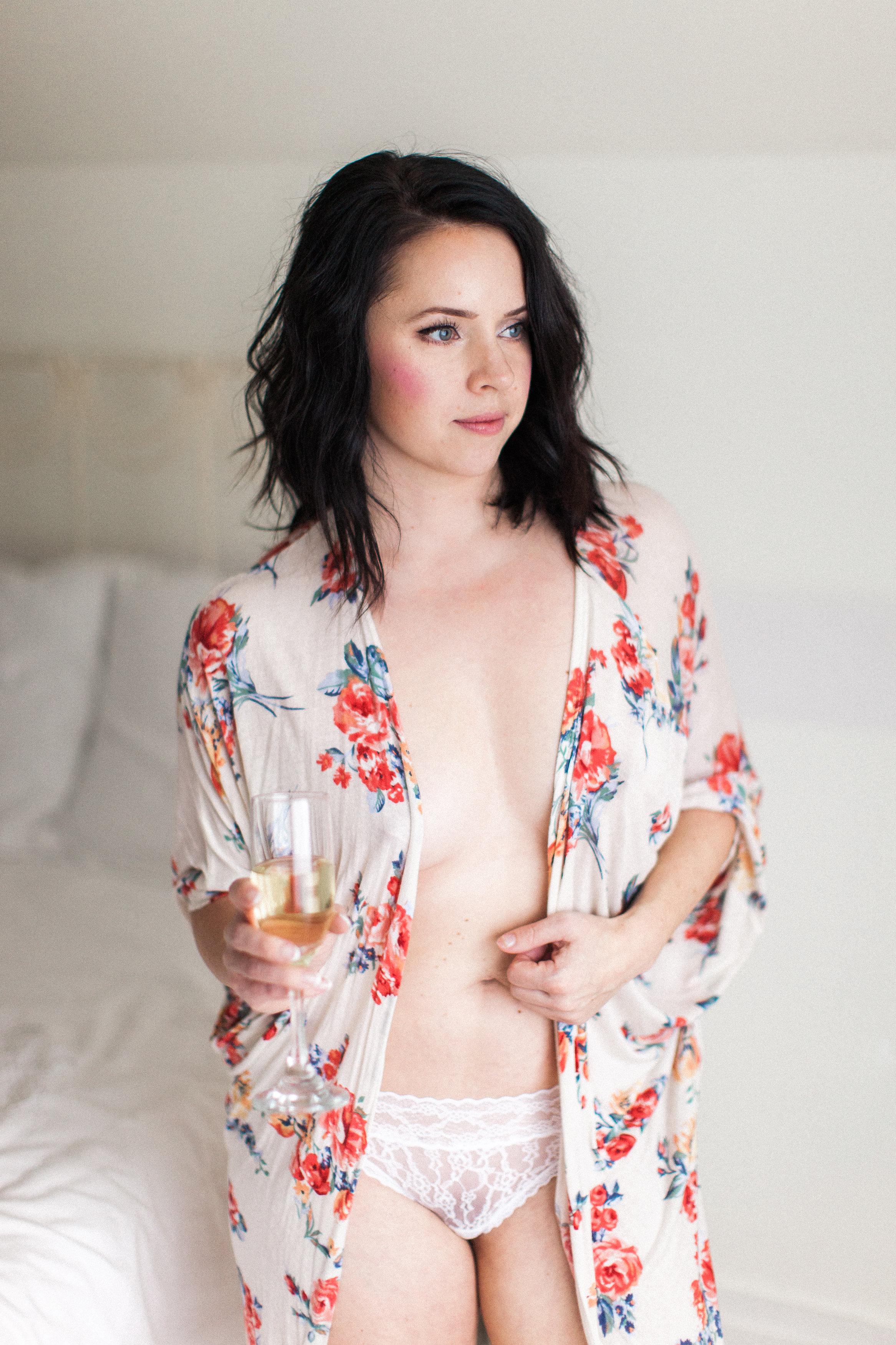boudoir photographer tacoma seattle