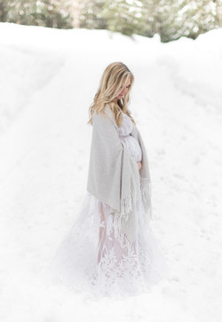 Snow maternity what to wear