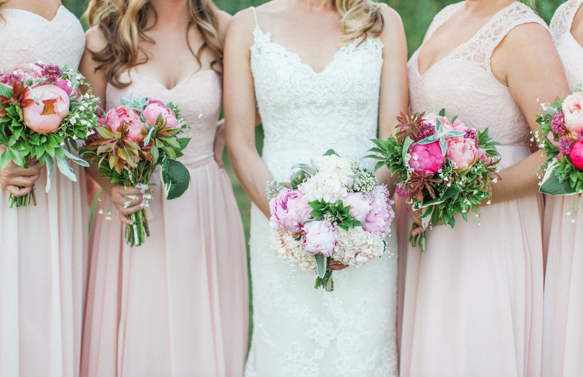 seattle wedding photographer, bridesmaids dress, pastel wedding, tiffany burke