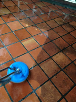 TILE CLEANING IN RESTAURANT