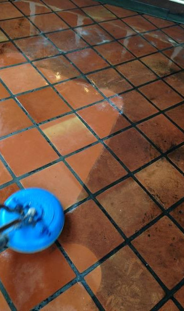 Commercial tile space
