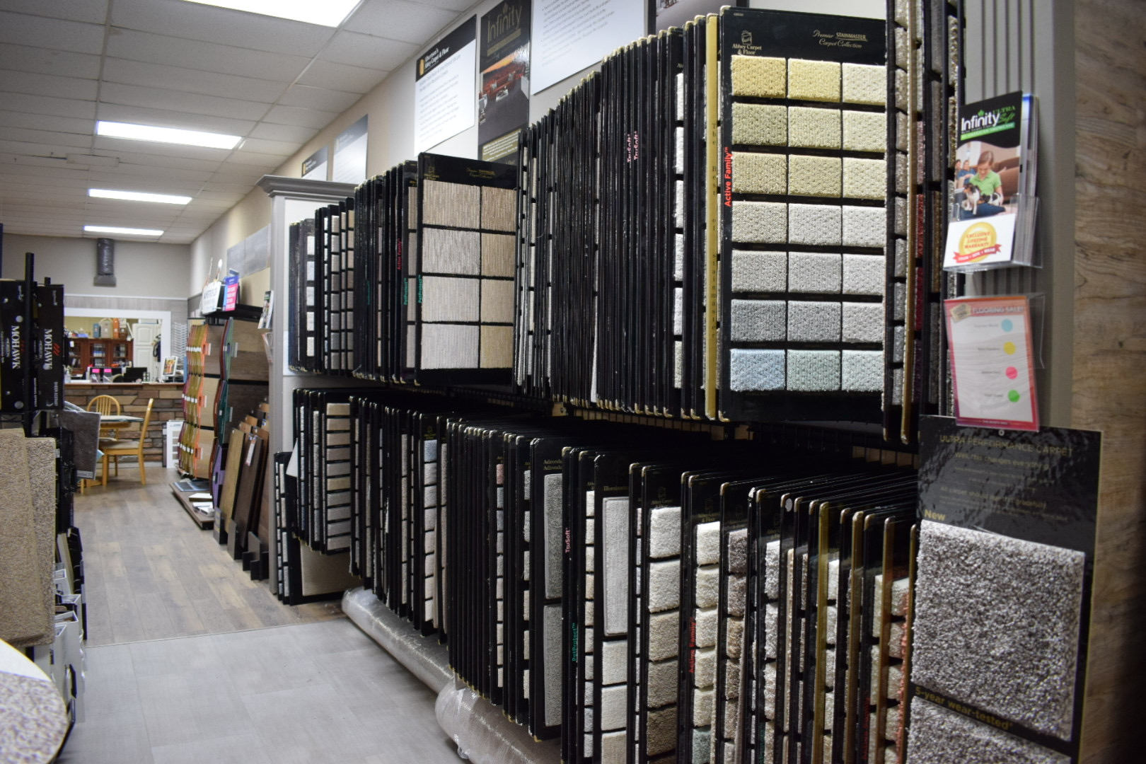 HUGE SELECTION OF CARPET