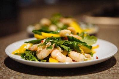 1prawn salad.jpg