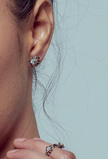 Blossom earring - Pre order