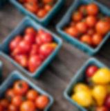 Tomates de cereja no mercado dos fazendeiros