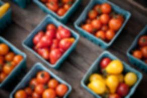 Cherry Pomidory na rynku rolników