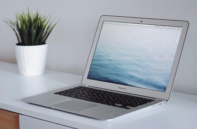 laptopLandscape.jpg