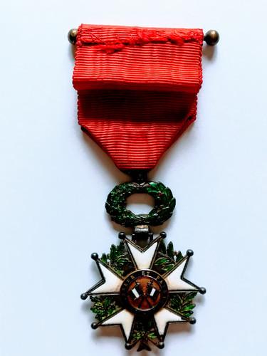 Médaille de la Légion d'Honneur attribuée à titre posthume à Alfred Sabatier. Revers.
