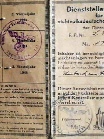 Laissez-passer fourni par l'armée allemande. Recto. Source : archives privées