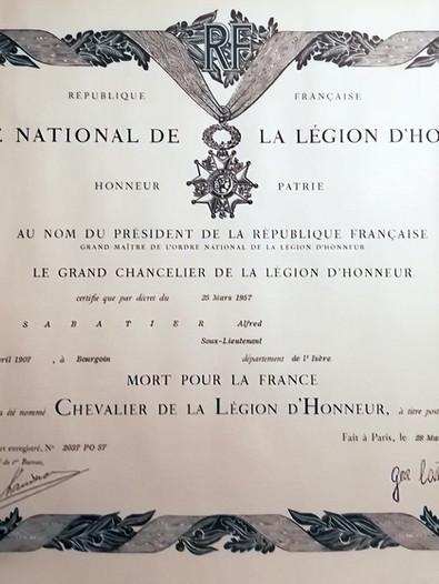 Diplôme de chevalier de la Légion d'Honneur