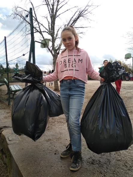 Eco-nettoyage de la cour