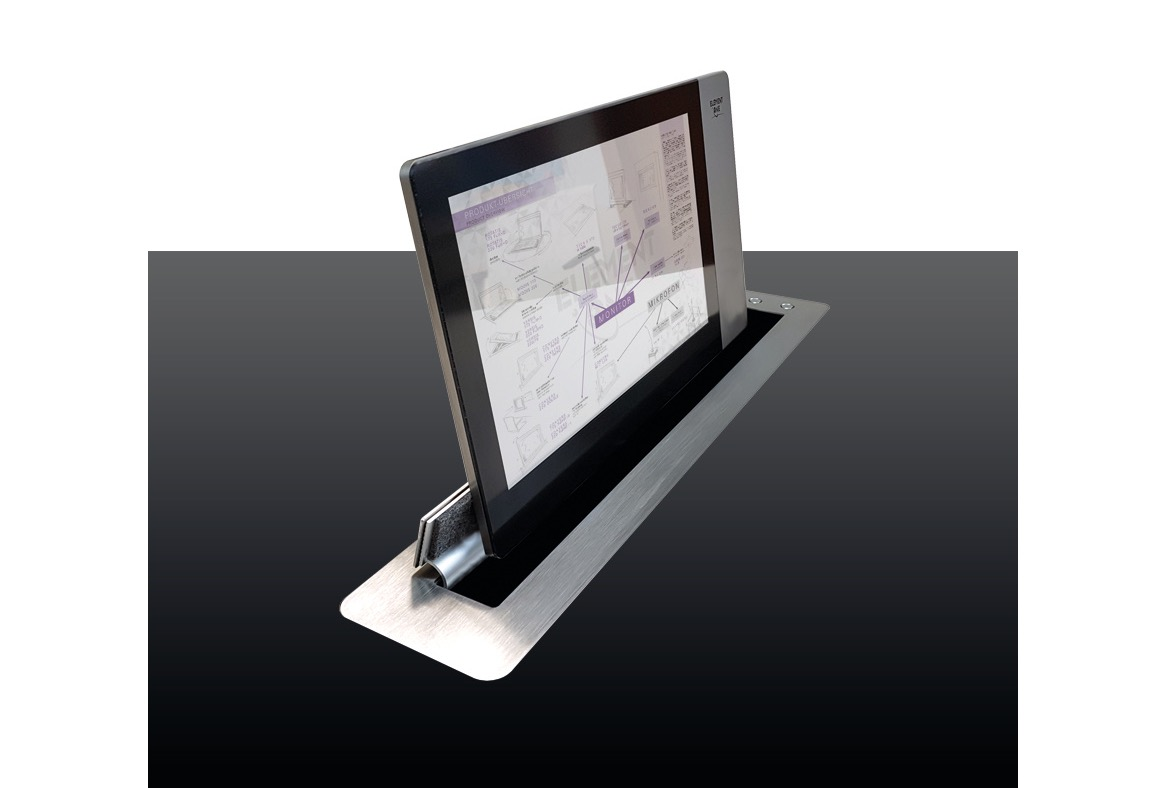 CONVERS BLADE slim Retractable Monitor_edited