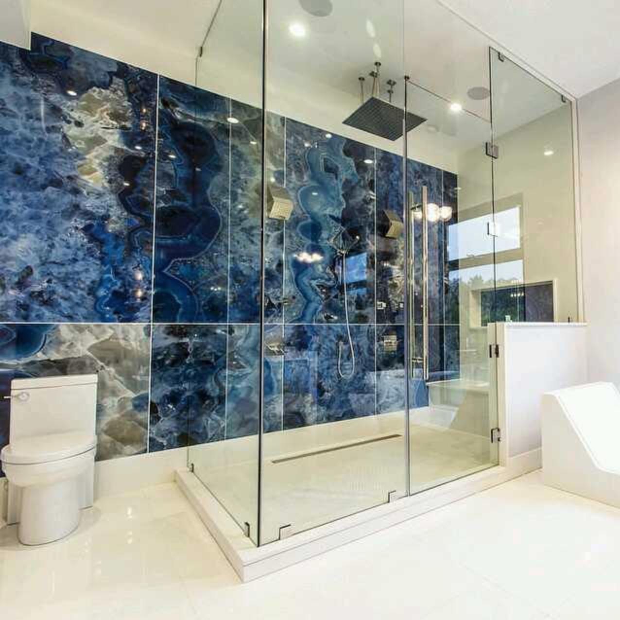 Onyx Bathroom Wall