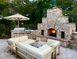 Fireplace and outdoor kitchen combo