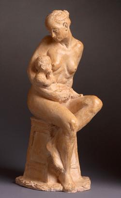 Maternité assise