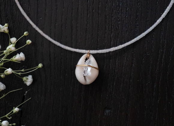 Clear Quartz Shell Necklace