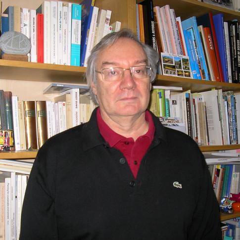 Francis Beaucire