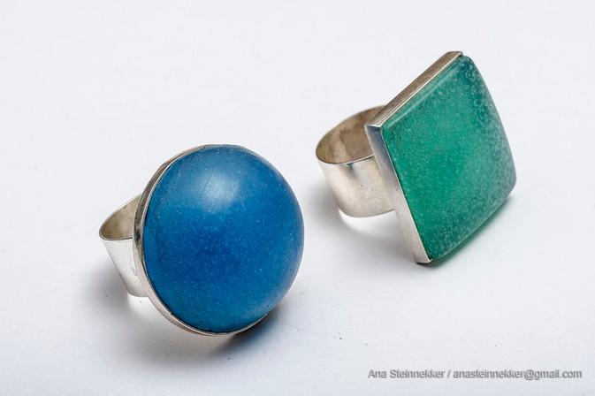 Anillo a rosca con silicona intercambiables, 2006 [Ring with interchangeable silicone pieces]