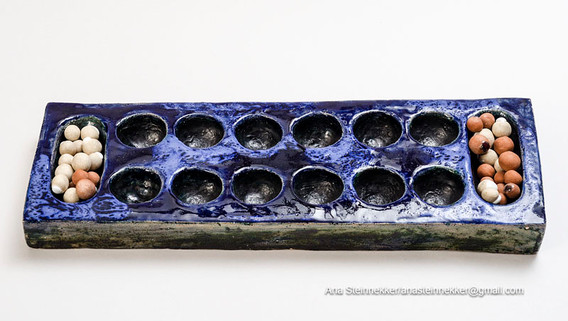 Mancola, 2000 Cerámica [Ceramic] 46 x 15 x 4 cm [18 x 5.9 x 1.6 in]