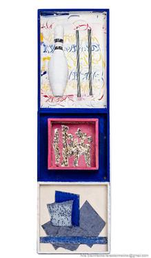 Caja  5. Serie Cajas, 2010 [Box 5 from Box Series] Técnica mixta sobre madera [Mixed media on wood] 30 x 9 cm [12 x 3.5 in]