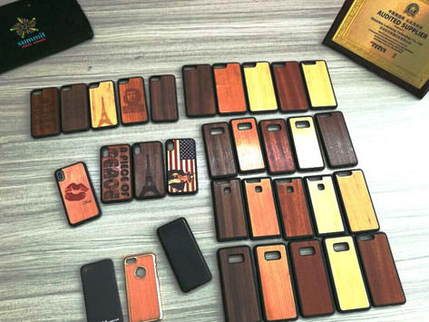 Natural wooden mobile phone case