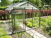 structura sera de gradina,sera de gradina,sera,sera cu peretii verticali,sera acoperita cu sticla,sera policarbinat,sera din aluminiu cu pereti din sticla,sera din aluminiu cu pereti din policarbonat,sera,sere,constructie sera,producator sera,sera hobby