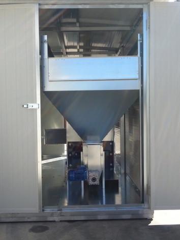 generator aer cald peleti montat in container