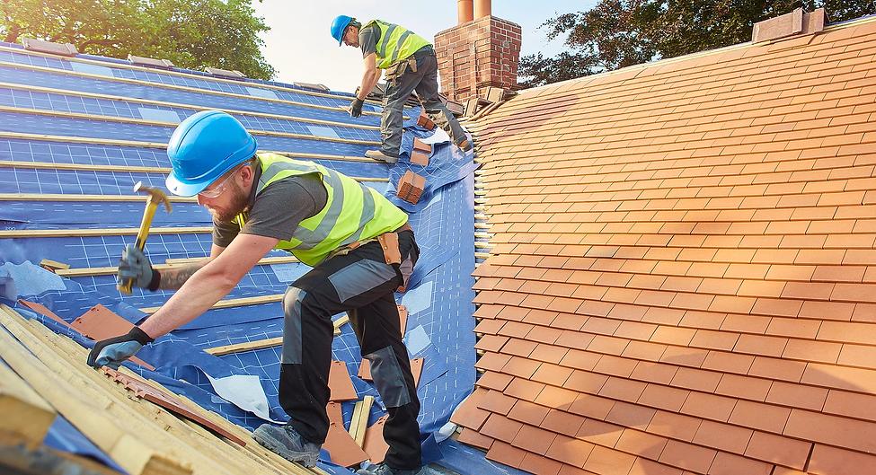 commercial roofing - slide 3.webp