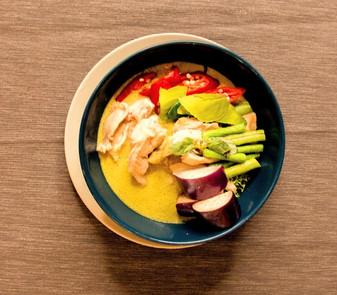 tukwan-thai-green-curry_edited.jpg
