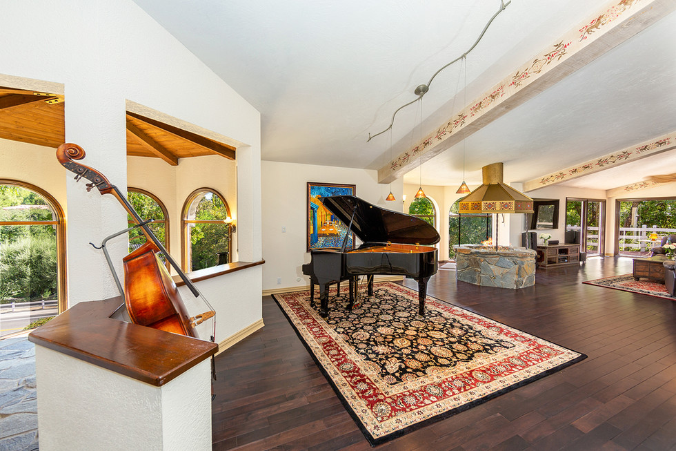 Expansive Living Space