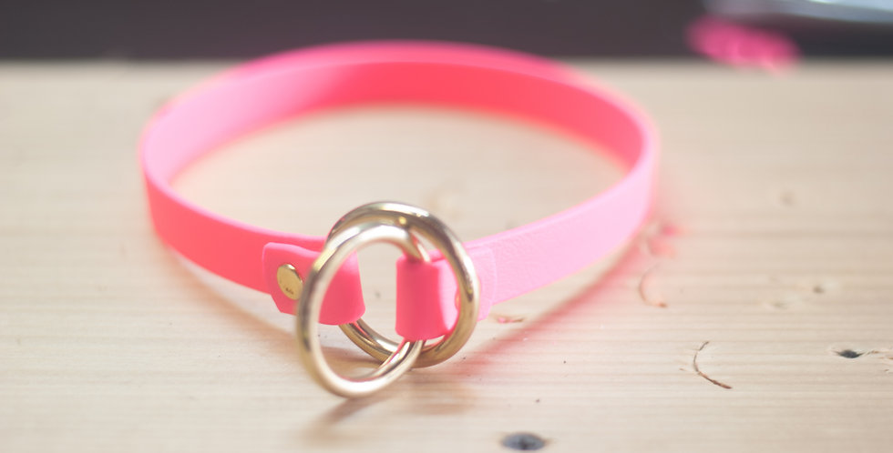 Pink Collar: Small