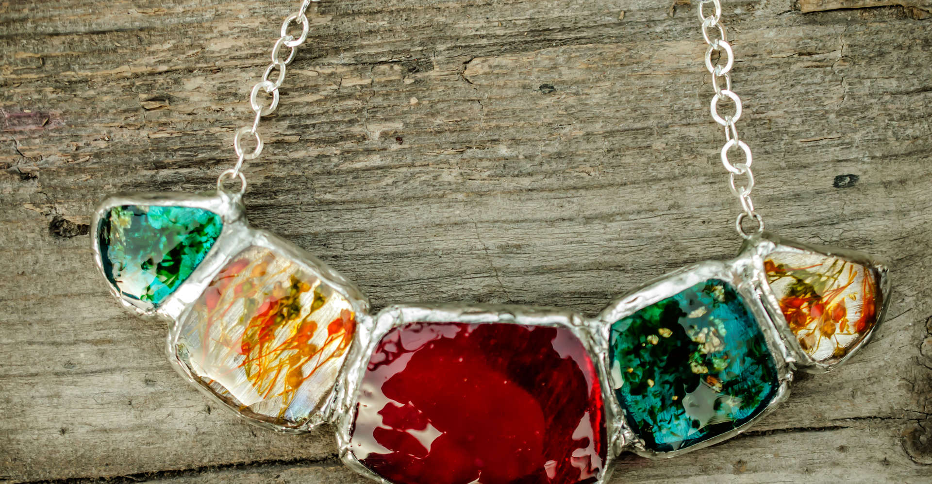 Necklace PAGANE uniques Resin