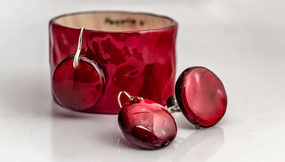 Red Resin Set by PAGANE uniques